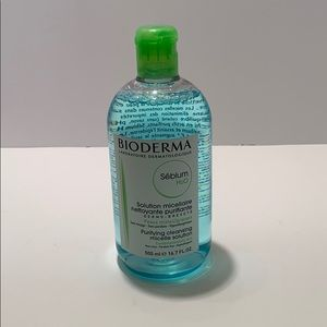 Purifying cleansing micelle solution